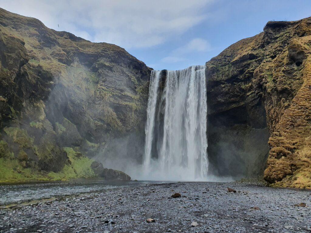 Docabroad IJsland waterval